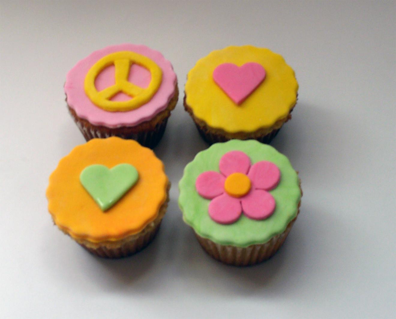 Cupcakes decorados for Decoracion en cupcakes