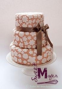 torta-blanco-y-beige