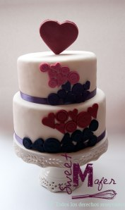 torta-botones-y-corazones