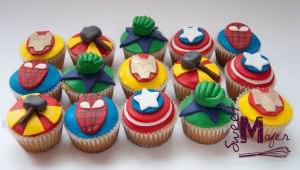 cupcakes-superheroes2