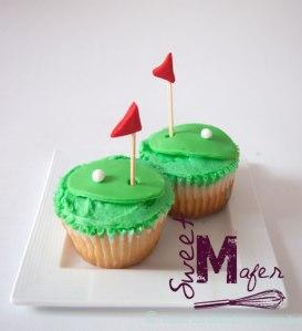green-golf-cupcakes