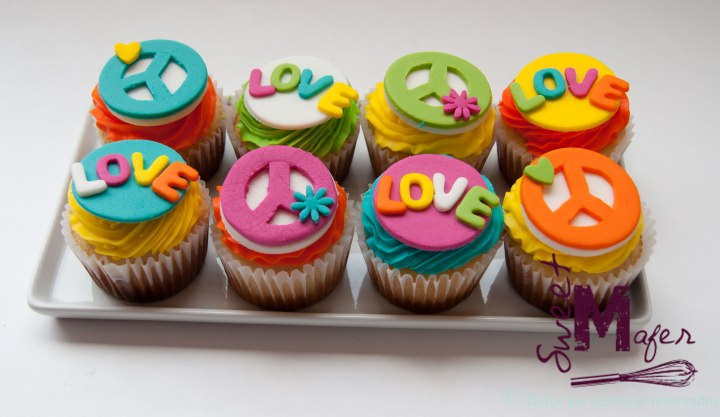 peace-and-love-cupcakes