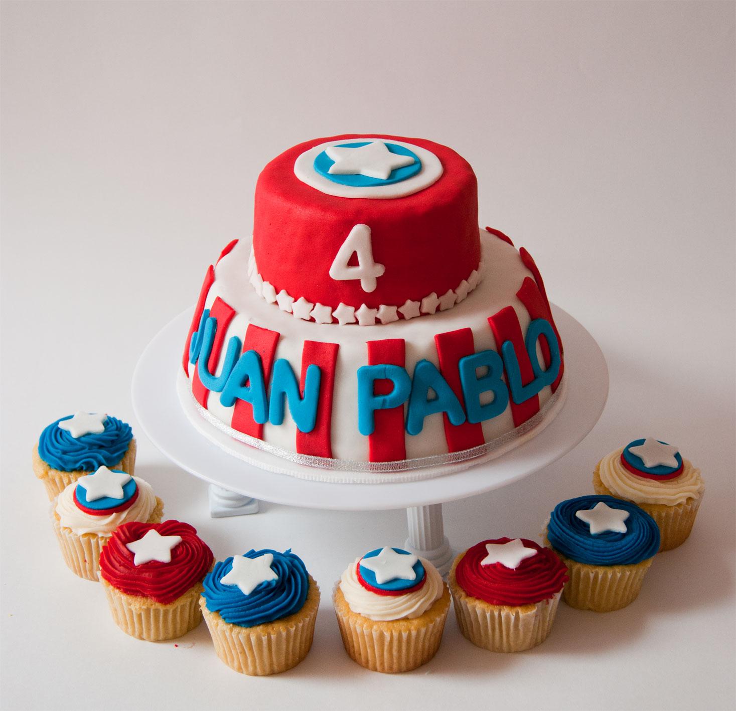 Centro De Mesa Capitán América: Torta-+-cupcakes-capitan-america