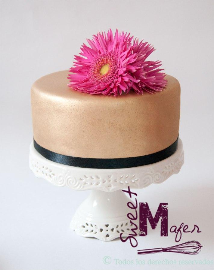 torta-dorada-flor