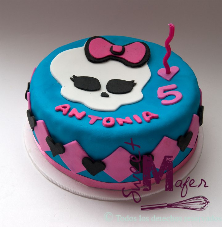 torta-monster-high