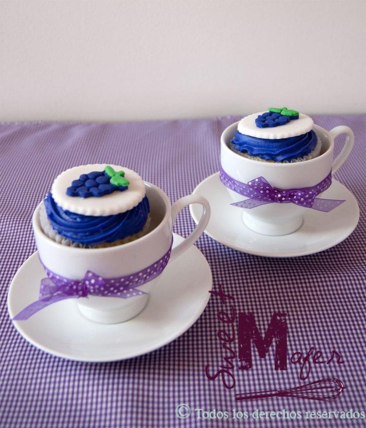 grapes-cupcakes