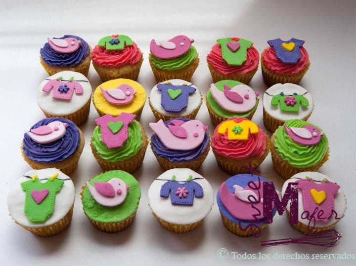 ropita-y-pajaritos-cupcakes-baby-shower