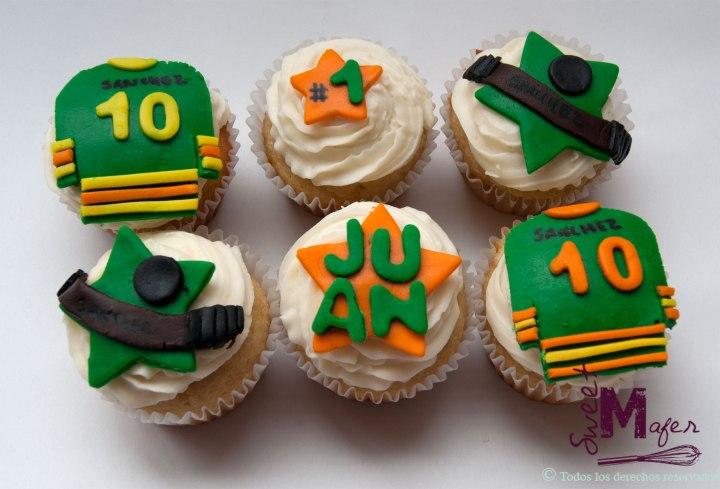 hockey-cupcakes