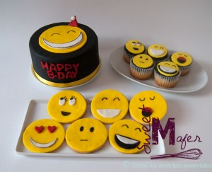 torta-y-cups-y-galletas-emoticones