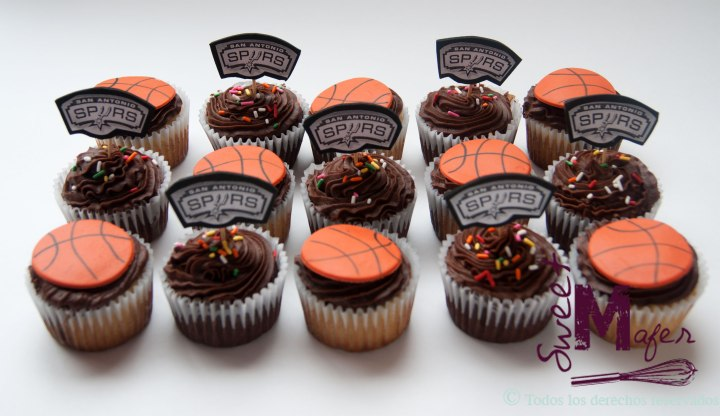 cupcakes-basket-spyrs