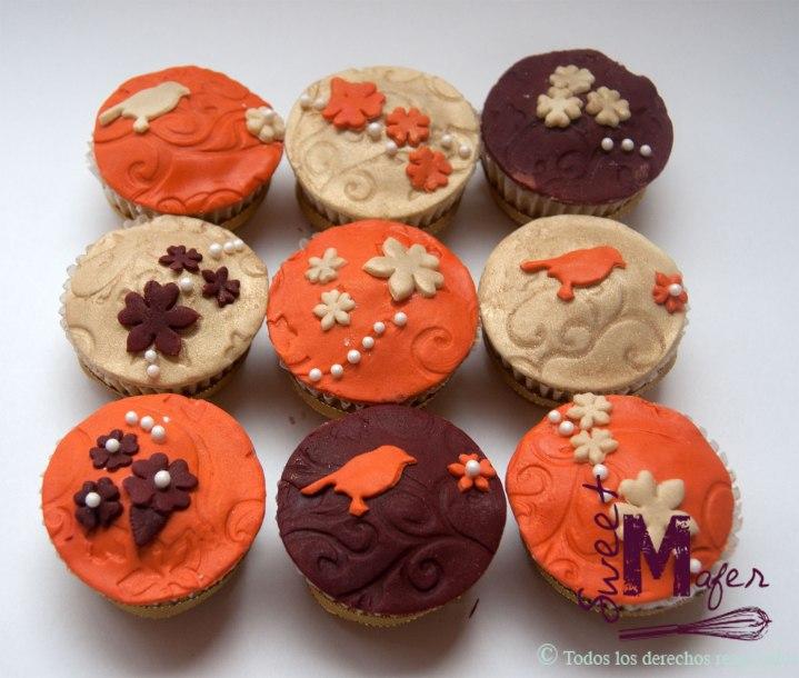 cupcakes-en-dorado,-terracota-y-naranja