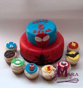 torta-y-cups-superheroes
