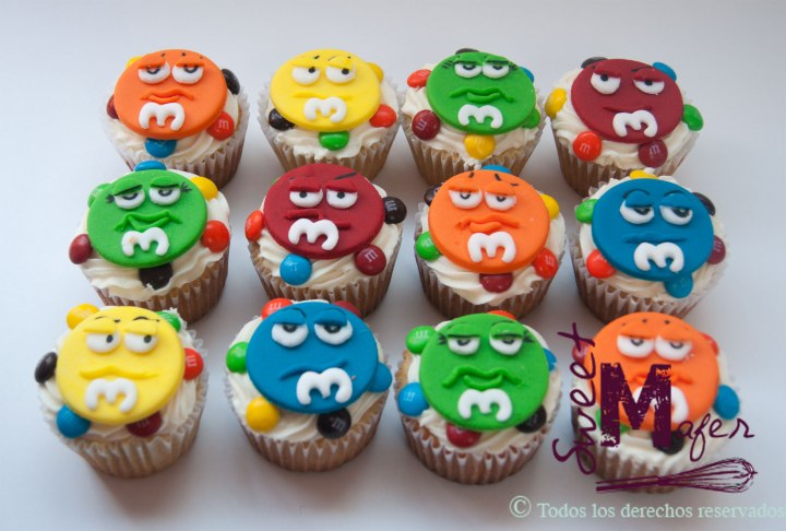cupcakes-m&ms