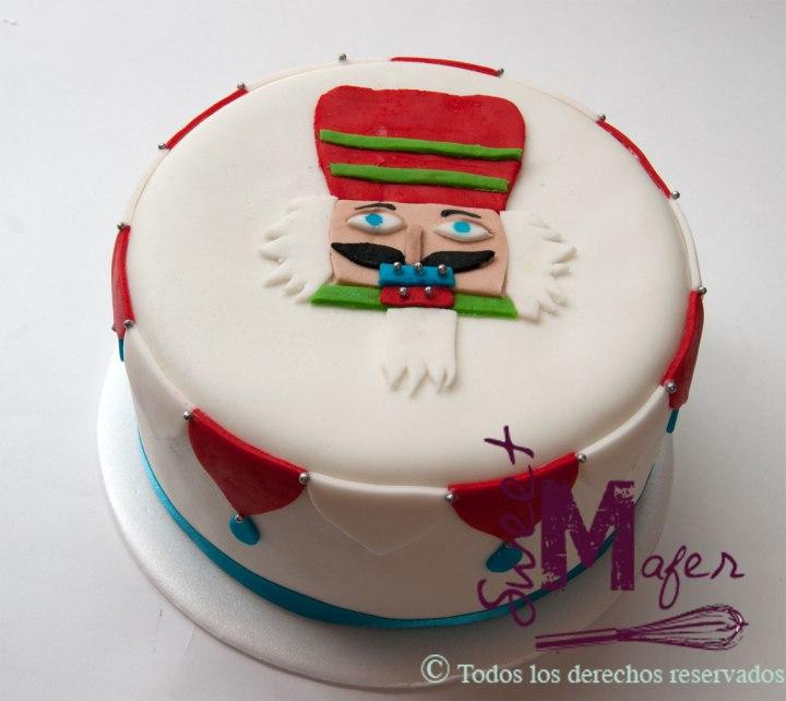nutcraker-cake