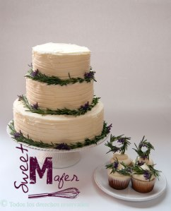rosemary-cake-and-cupcakes