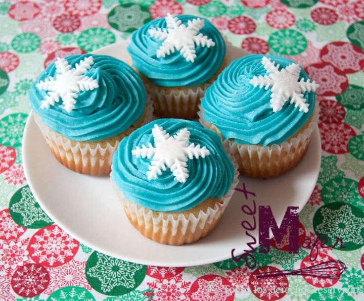 snowflakes-cupcakes