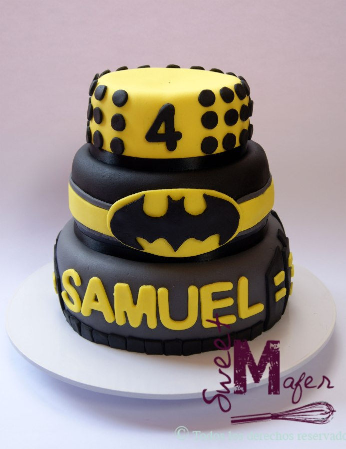 batman-cake-2