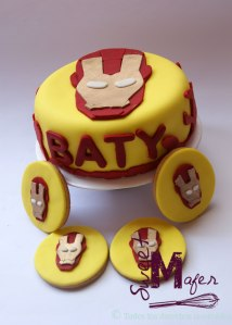 iron-man-cake-and-cookies