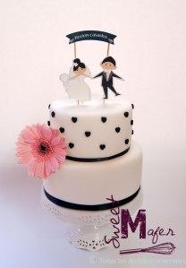 torta-corazoncitos-novios-papel