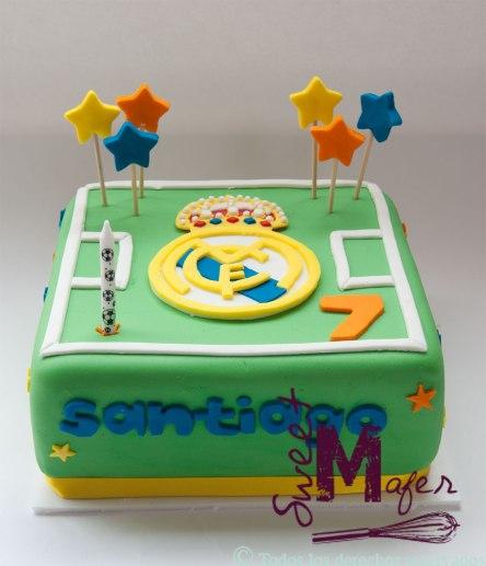 Esta Torta con el escudo del Real Madrid, la hicimos en Sweet Mafer para Santiago.