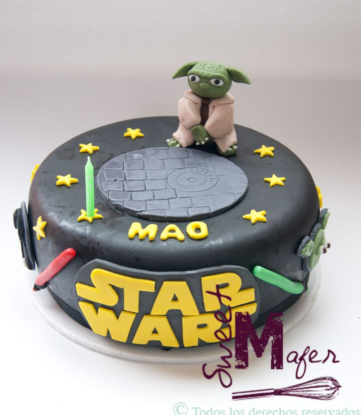 star-wars-with-joda-cake