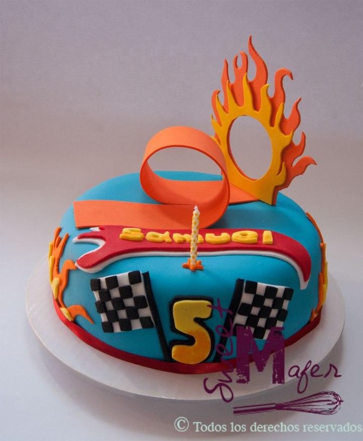hot-wheels-cake