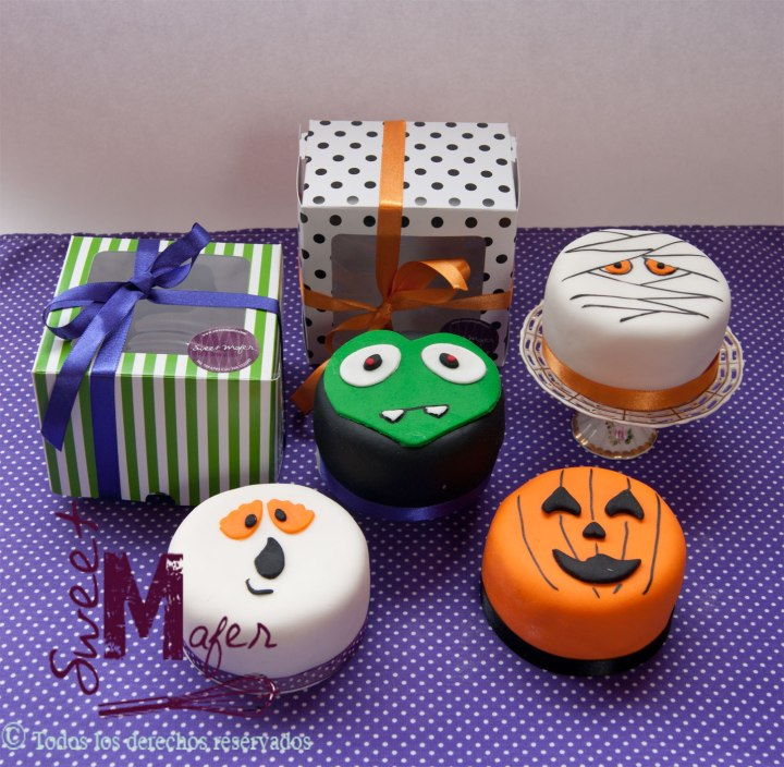 mini-cakes-halloween