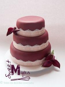 torta-vino-con-encaje