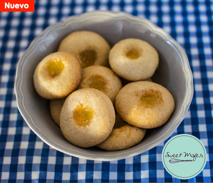 galletas caseras de mantequilla con nido de mermelada de mora o naranja de sweet mafer