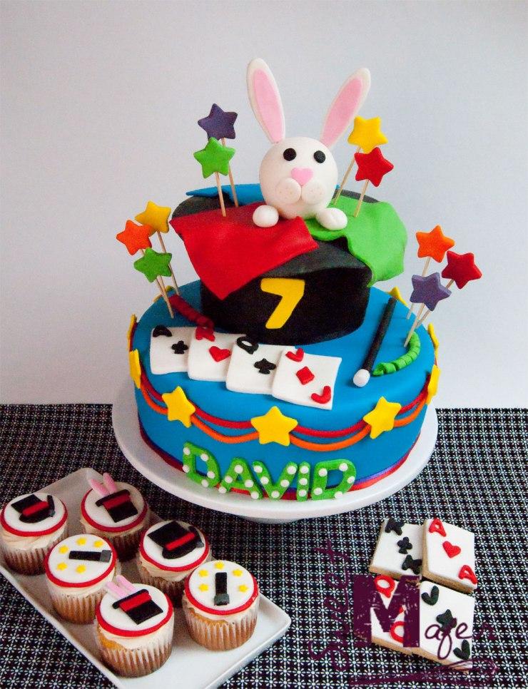 Torta, cupcakes y galletas de magia de Sweet Mafer