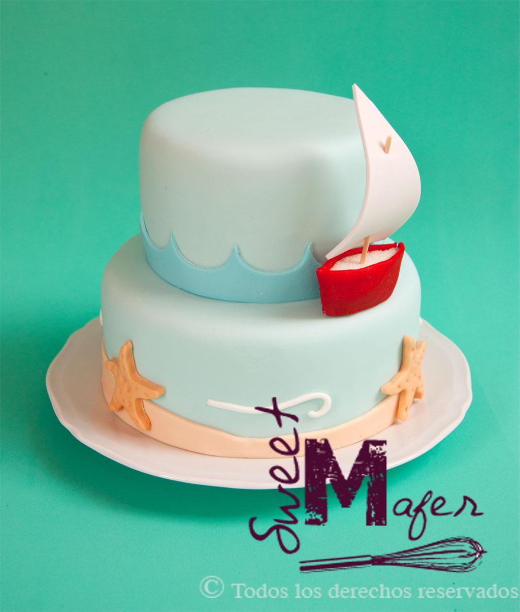 Torta con paisaje marino y barquito de sweet mafer