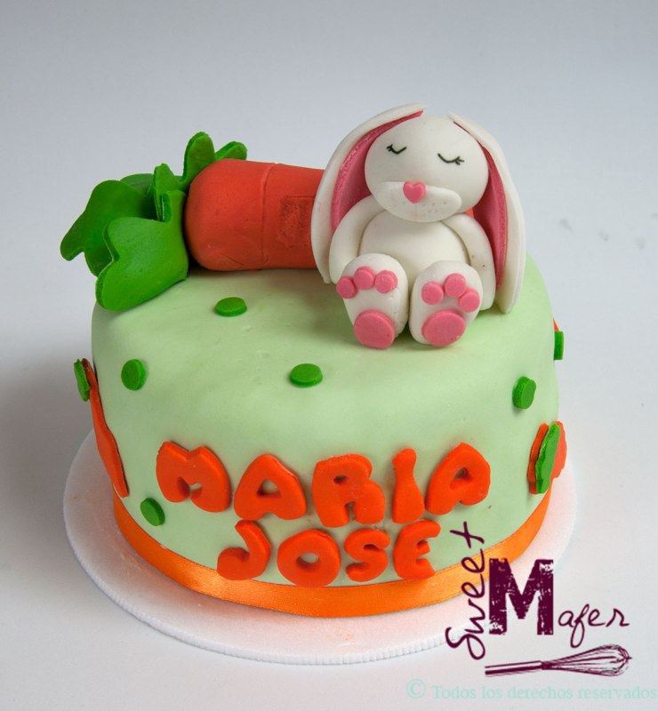 torta-conejo-zanahoria