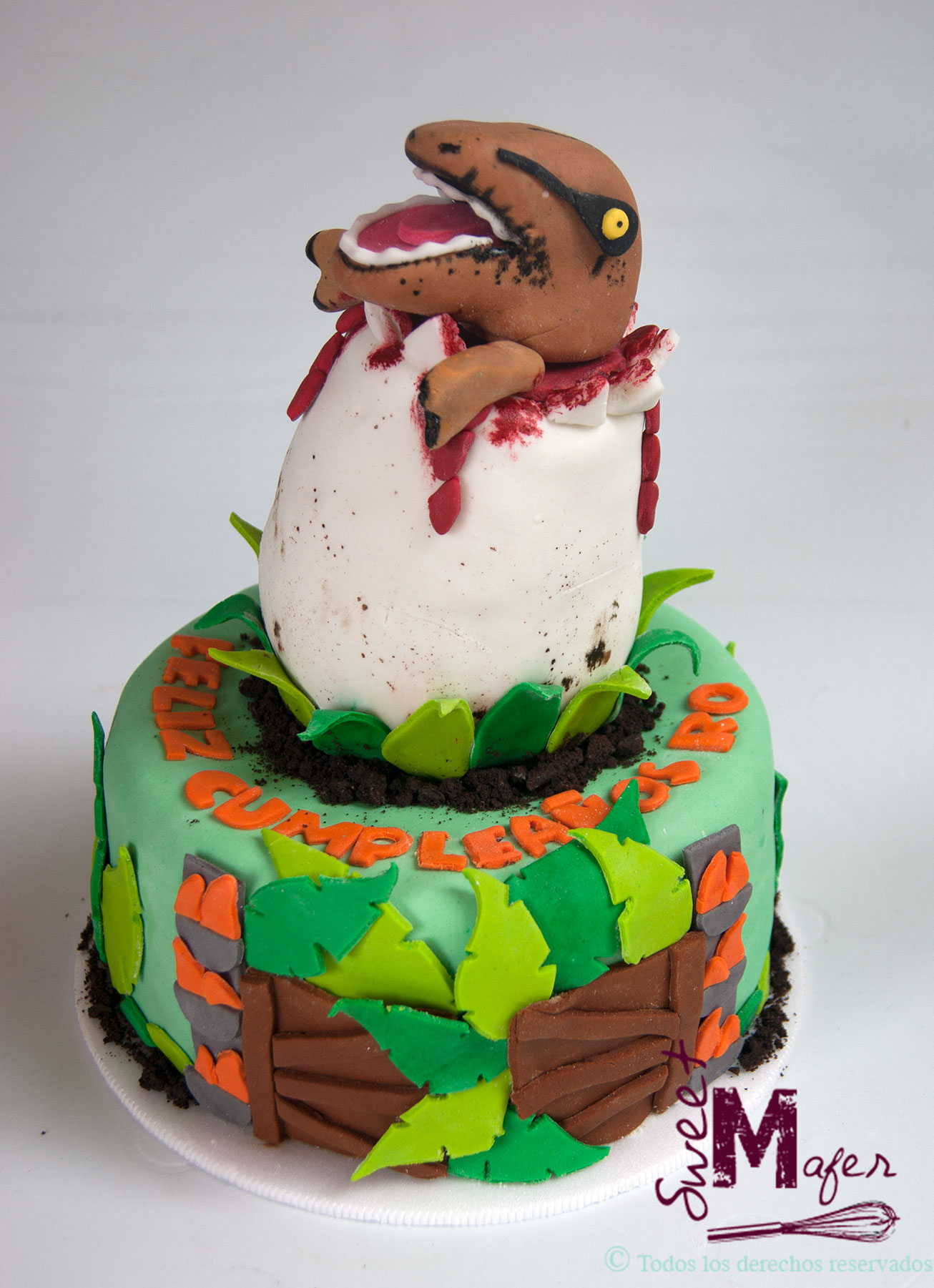 Torta dinosaurio huevo