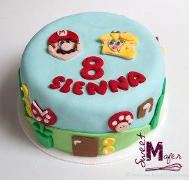 Torta Mario Bross y Peach
